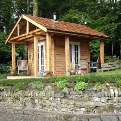 Larch cabin. Double glazed and wool insulated