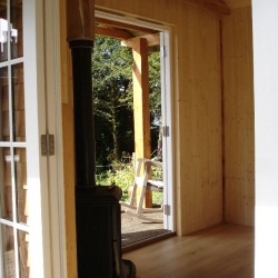 Larch cabin double glazed and wool insulated